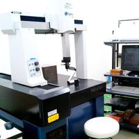 ミツトヨ製 三次元測定機